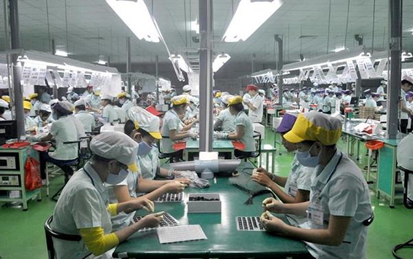 Người lao động có quyền từ chối nhận thưởng bằng sản phẩm?